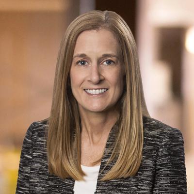 Professional Cropped Lovitch Karen Mintz